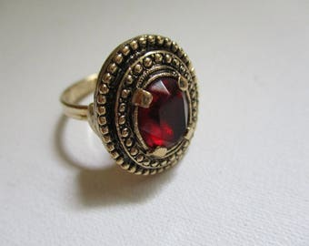 Vintage Sarah Coventry Ring Ruby Red Stone Gold Tone Adjustable Size Band Free Shipping