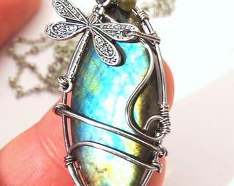 Pendant Blue Labradorite Necklace wire wrapped with dragonfly