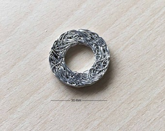 charm wire circle silver