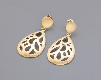 Gold Drop Earrings. Teardrop Bridal Jewelry. Bridesmaid Earrings. 925 Sterling Silver Post. Everyday Earrings.