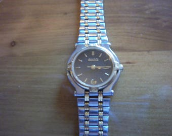 Authentic Gucci 9000l Women's Watch Swiss Made Accurate Time Warranty Free Shipping Worldwide