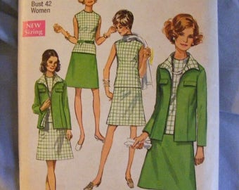 """51% OFF 1970 Women's Jacket Skirt Blouse Simplicity Sewing Pattern 8696 Size 38 Bust 40"""""""