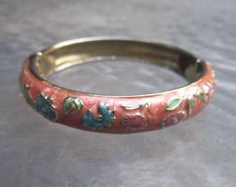 Vintage cloisonne bangle peach hinged clamper bracelet - estate jewelry