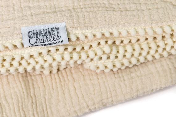 ECRU Swaddle Blanket /Cream Pom Swaddle Blanket /Gauze Blanket / Blanket / Blanket / Newborn Blanket / Newborn Baby Blanket