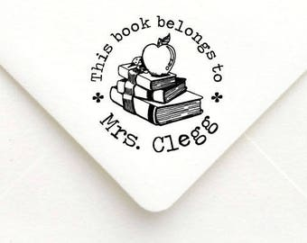 Custom Teacher Stamp, Teacher Rubber Stamp, Teacher Gift Stamp, Personalized Name Teacher Stamp,This book belongs to, apple book stamp   B17
