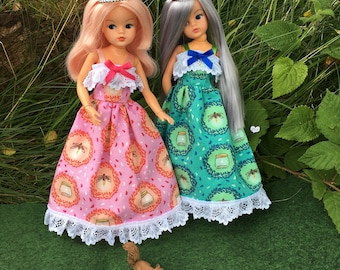 Beautiful Princess Dress for Sindy, Barbie and Princess dolls. CE marked and machine washable.