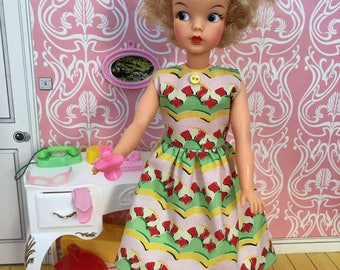 Adult collectors retro dress for Tammy or 60s Sindy dolls.
