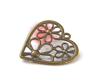 1 bronze 29x29mm openwork heart pendant