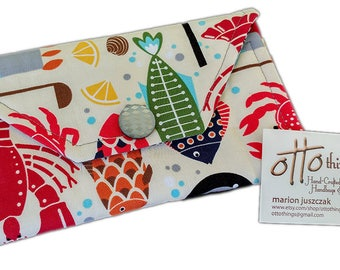 Seafood Lovers' Tri Fold Wallet: Crab, Lobster, Shrimp, Clams, and More!
