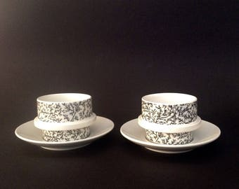 Two Arabia Finland Kanerva Cups with Saucers by Göran Bäck