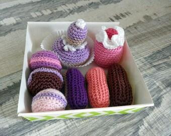cakes - dessert - tea-party treats - crochet - toy