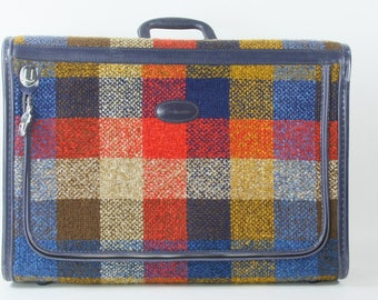 Vintage Travel Luggage Skyway Plaid Suitcase 1970s Retro Travel Medium Size