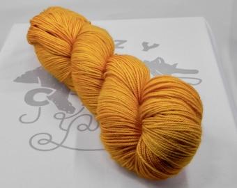 Amber Waves: 437 yards 70/20/10 Merino/Silk/Cashmere fingering weight yarn in Opulence yarn base.