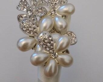 Flower Button Buttonhole. Boutonnière.