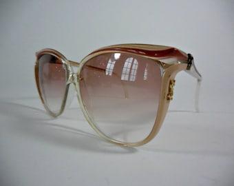 YVES SAINT LAURENT Paris. Oversized vintage cat eye diva sunglasses, 70s cat eye sunglasses.