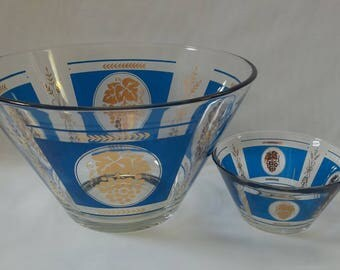 Vintage EXCELLENT Condition Hazel Atlas Grapes and Wheat, Cobalt Blue and Gold Chip and Dip Set