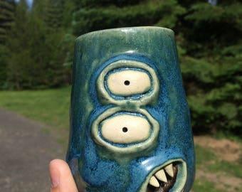 Laurel Unique Ceramic Monster Cup
