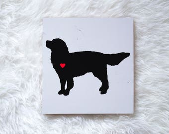 Hand Painted Golden Retriever Silhouette on Painted Grey Wood, Dog Decor Dog Painting, Gift for Dog People, New Puppy Gift Housewarming Gift