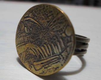 ring circular Butterfly motif engraved etching on brass