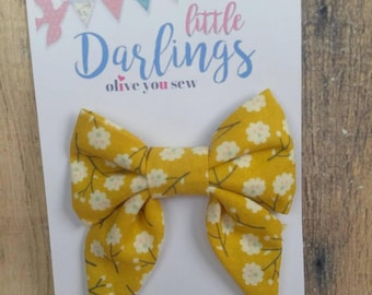 SALE! 30% OFF**Sailor Hair bow, Toddler hair bow, Baby hair bow, Teen hair bow, Girl Hair bow- yellow flowers