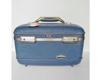 "Vintage light blue colored American Tourister ""Tiara"" train case from the 50-60s"