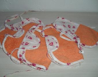 lots of 5 bibs Orange sponges