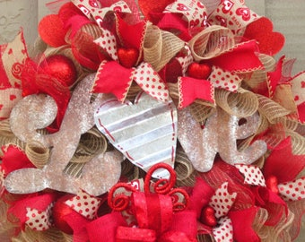FREE SHIPPING Valentine Wreath, Valentine's Day Wreath,  Valentine Love Wreath, Rustic Valentine Wreath, Burlap Valentine Wreath