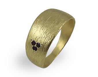 Garnet Gold Ring With 3 Garnet Gemstone , Brushed Texture , Eco Friendly Wedding Band , Woman Ring , Minimalist Ring , Brushed wedding Band