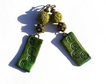 Boucles d'oreilles rustiques céramique artisanale, bronze vert lave bohème boho ethno chic primitif urbain original unique ooak ethnique