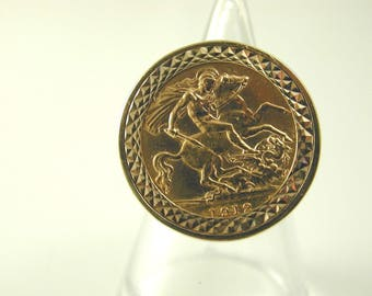 Half sovereign ring size K vintage 9 carat gold mount dated 1979 coin 1912 9.7g