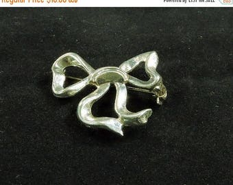33% Off Christmas in July Sterling Silver Lang Bow Brooch