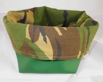 Corbeille014 - Basket green and camouflage