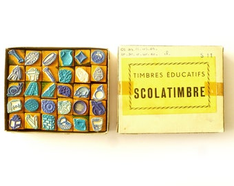 Stamps school box 30 vintage French school stamps 1950 rubber - mini Minustel educational school stamps - Scrapbooking