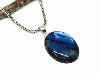 Labradorite , moostone pendant necklaces set in sterling silver 92.5. Natural authentic stone. Length- 2 inch