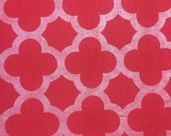 Riley Blake Sparkle Red Quatrefoil cotton fabric by the yard, Christmas fabric, red metallic quatrefoil print fabric, silver red fabric