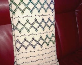 Throw – Hand made Throw – Throw with Swedish Weaving -   Bed Spread – Blanket - 79x51po  -2x1.3m - JE13