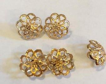 ON SALE NOW 15 mm gold color pierced lace design metal shank button, set of 10