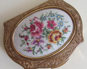Vintage Stratton Regency Petit Point Powder Compact