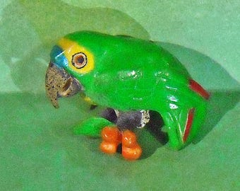 Wounaan Enebera Blue-fronted Amazon Parrot Tagua Nut Carving from Central America
