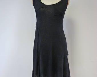 Feminine exceptional black linen dress, M size.