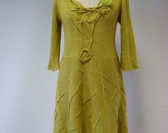 The hot price, light green linen dress, M size.