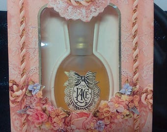 Truly Lace Eau de Parfume Spray by Coty Inc in Original Box New Old Stock Perfume Fragrance
