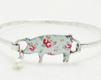Floral Print Pig Bangle Bracelet Silver