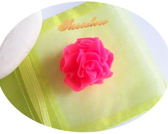 Pearl Pink eyelet cold porcelain (creator)