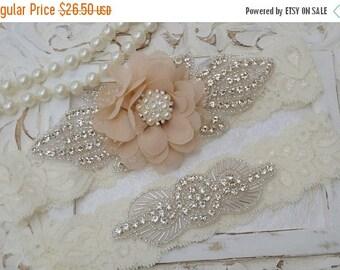ON SALE Rustic Garter Set, Ivory Wedding Garter Set, Lace Bridal Garter, Rustic Wedding Garter Set, Rustic Wedding -Style 7336