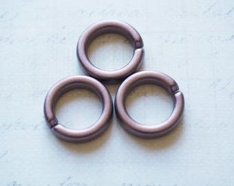 3 brass rings rigid acrylic 17mm