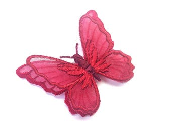 RED BORDEAUX SHAPED ORGANZA BUTTERFLY AND EMBROIDERED RED BORDEAUX SATIN YARN 55/45 MM