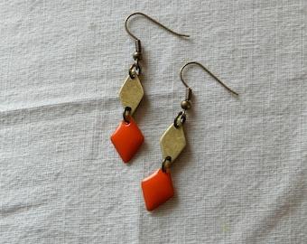 BO graphics small diamonds - orange