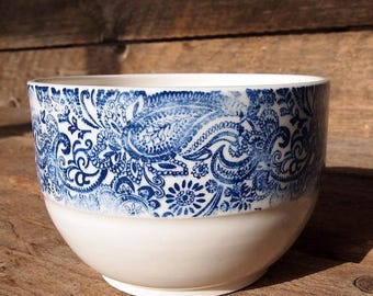 Large ceramic paisley motif bowl