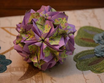 Origami Lawinia Kusudama